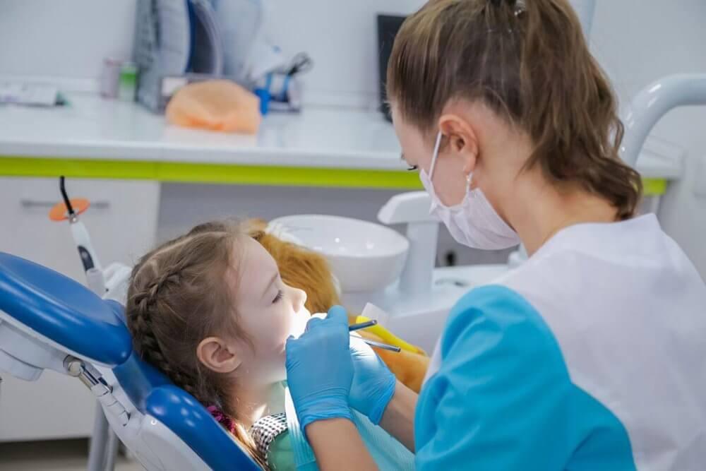 Лечение зубов детям в Ижевске